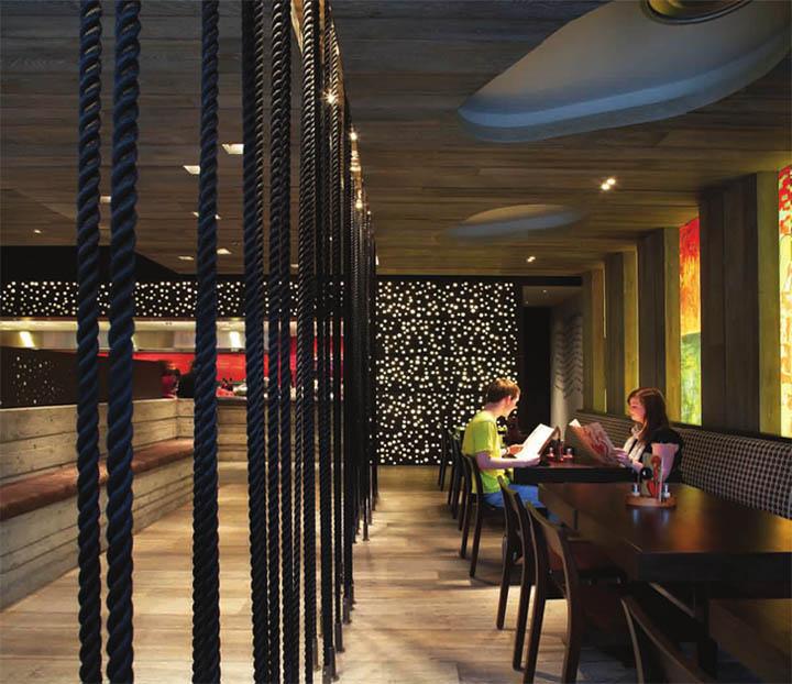 Thiết kế nội thất nhà hàng Nando