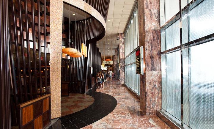 Quán ăn nhanh và cafe nằm trong một khách sạn ven biển ở New Jersey