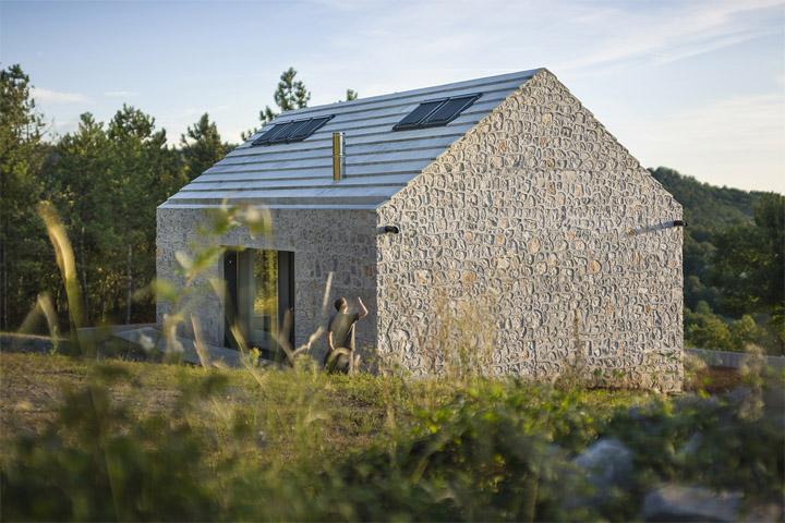 thiet-ke-nha-nho-xu-karst-01 Ngôi nhà nhỏ xứ Karst - Kiến trúc truyền thống và đương đại