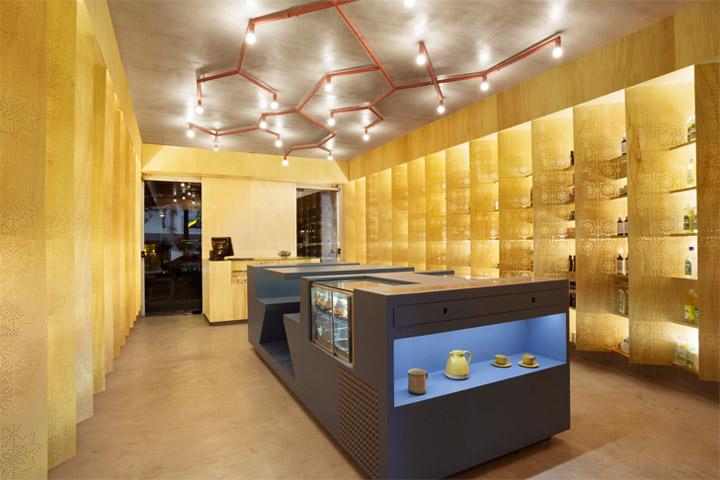 Thiết kế shop tông màu ấm mang lại cho khách hàng cảm giác dễ chịu