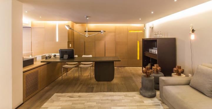 thiet-ke-noi-that-showroom-tu-go-va-da-cam-thach-ezequiel-farca-01 Ezequiel Farca - Gỗ và đá cẩm thạch trong thiết kế nội thất showroom