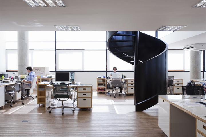 mau-van-phong-cong-ty-quang-cao-santa-clara-01 Santa Clara - Mẫu văn phòng công ty quảng cáo đơn giản