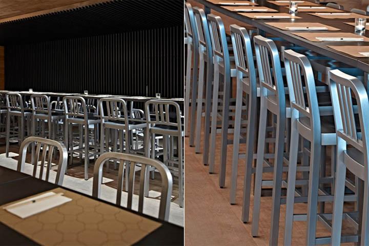 Vật liệu chính của quán cafe là gỗ sồi ốp tường và lam gỗ