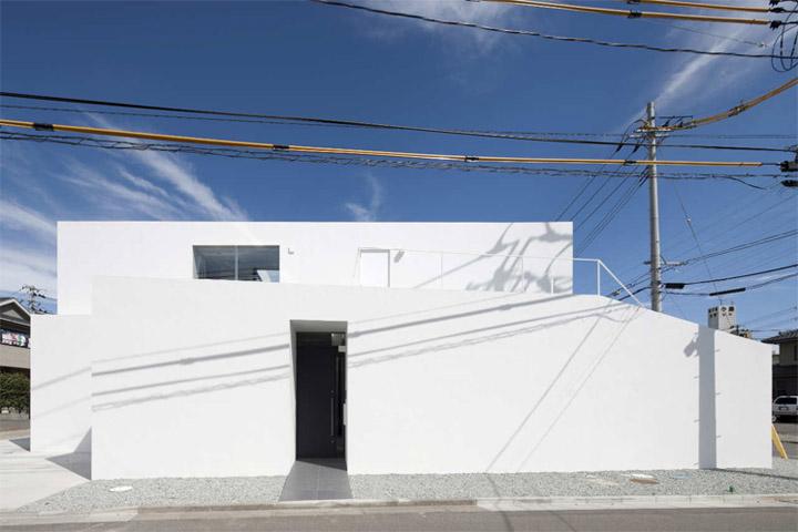 Thiết kế nhà phố có hình khối đơn giản và hiện đại