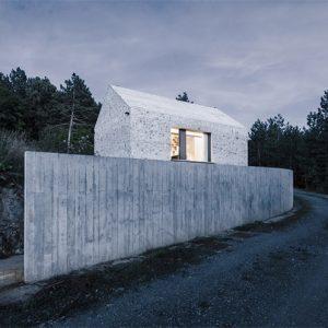 Sự kết hợp giữa truyền thống và đương đại trong thiết kế nhà nhỏ xứ Karst
