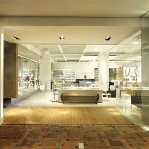 Lối vào hiện đại giúp cho thiết kế showroom đồ nội thất thêm nổi bật