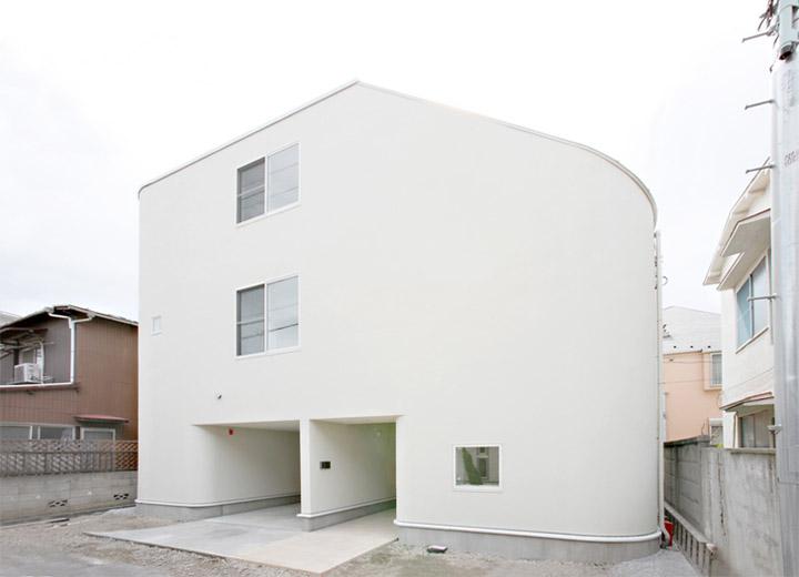 Thiết kế nhà có hình dáng đơn giản ở bên ngoài