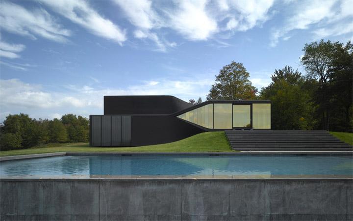 Hình khối đơn giản và hiện đại trong thiết kế biệt thự nghỉ dưỡng
