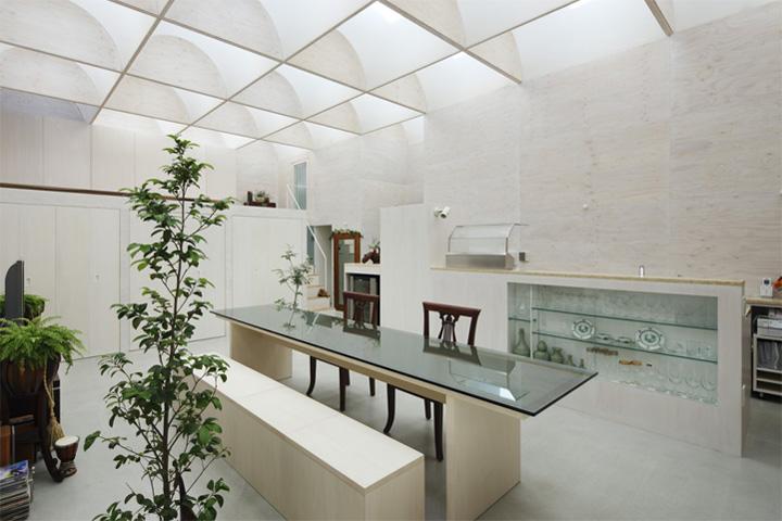 Daylight House - Thiết kế nhà lấy ánh sáng tự nhiên từ mái 7