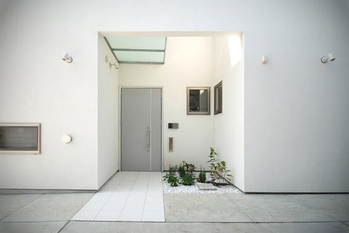 House in Hino - Thiết kế nhà phố tối giản bên bờ sông xanh mát 1
