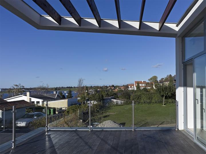 Villa Marstrand Wadt - Thiết kế nhà vườn 2 tầng đẹp hiện đại 6