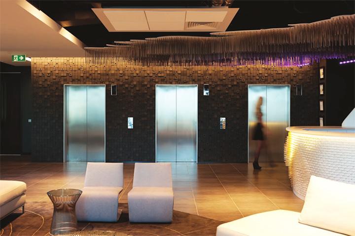 Nét sang trọng trong thiết kế nội thất văn phòng công ty VIP 9
