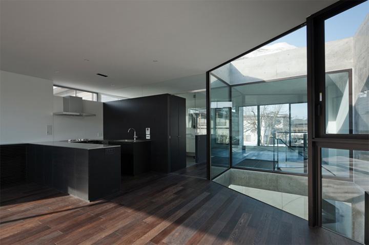 Cadre House - Mẫu nhà ở hiện đại trong khí hậu khắc nghiệt 8