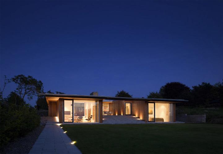 Villa Petersen - Mẫu nhà vườn đẹp và hiện đại ốp gỗ thông 8