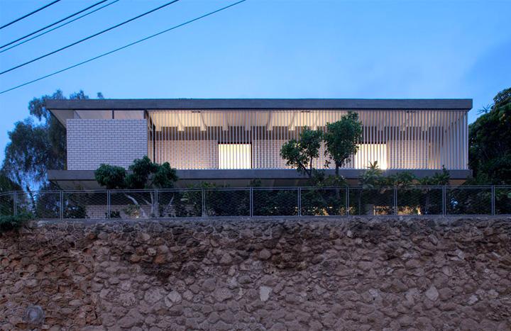 Rechter House – Thiết kế biệt thự hai tầng hiện đại ở Israel 1