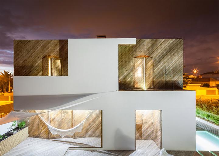 Thiết kế biệt thự vườn ven biển đầy mới lạ của Ernesto Pereira 13