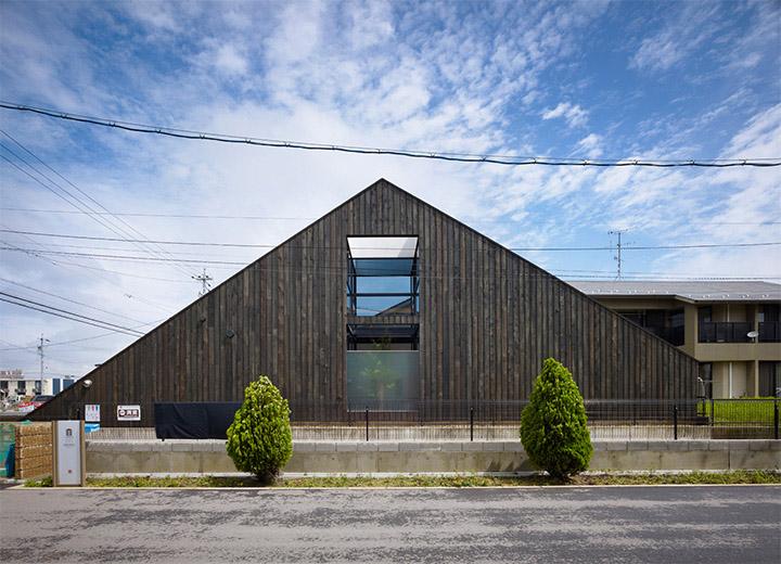 Ogaki House - Thiết kế nhà đẹp và độc đáo với hình dạng tam giác 6