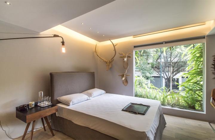 Ezequiel Farca - Gỗ và đá cẩm thạch trong thiết kế nội thất showroom 5