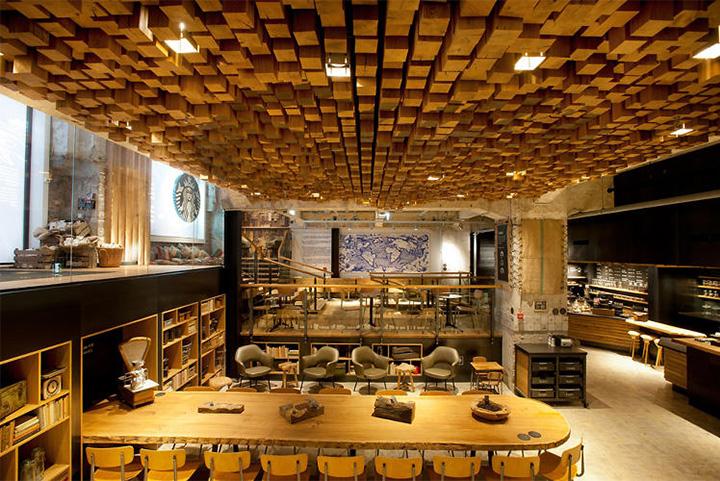 Phong cách Rustic trong thiết kế nội thất cửa hàng cafe Starbucks 2