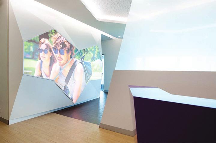 Astra zeneca – Tràn ngập màu sắc trong thiết kế văn phòng làm việc 6