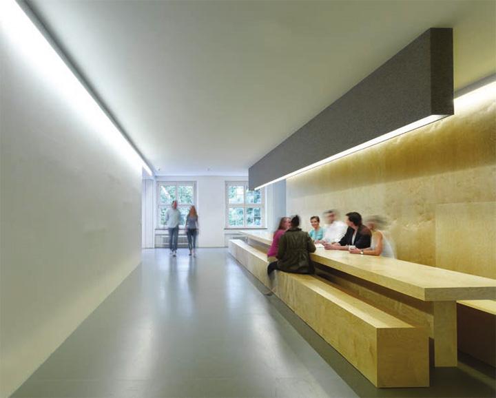 Jung von Matt - Thiết kế văn phòng làm việc hiện đại năng động 3