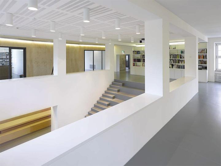 Jung von Matt - Thiết kế văn phòng làm việc hiện đại năng động 4