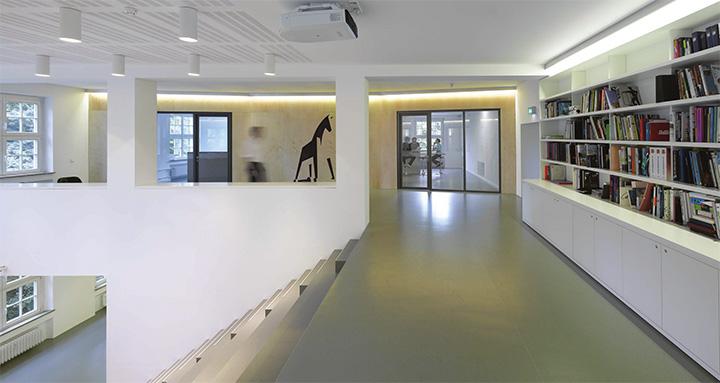 Jung von Matt - Thiết kế văn phòng làm việc hiện đại năng động 5