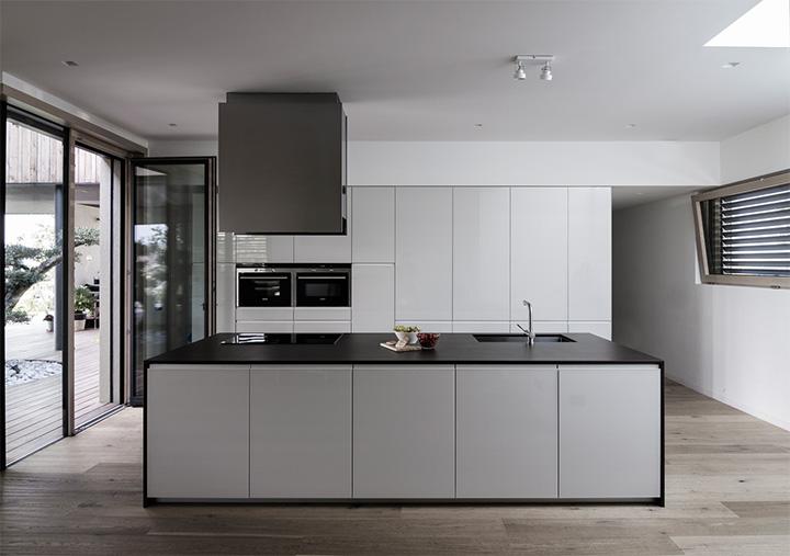 M House - Thiết kế biệt thự tận dụng không gian cây xanh trong nhà 7