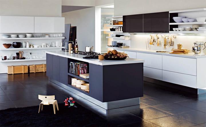 Gian bếp được thiết kế theo phong cách hiện đại, trẻ trung và thanh lịch