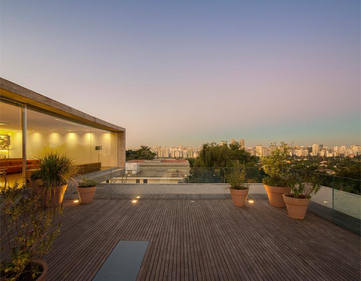 P House - Mẫu biệt thự sân vườn 3 tầng hiện đại rộng mở 3