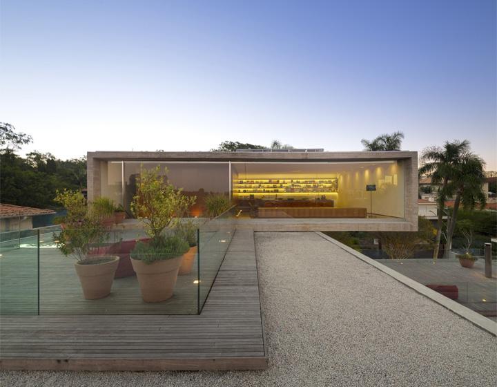 P House - Mẫu biệt thự sân vườn 3 tầng hiện đại rộng mở 4