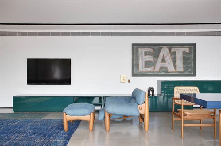 BT House - Ngôi nhà hình hộp kết hợp thiết kế lam gỗ che nắng 8