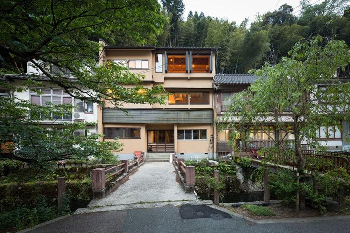 Thiết kế cải tạo nhà cũ từ một trung tâm geisha ở Kinosaki 1
