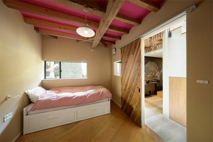 Thiết kế cải tạo nhà cũ từ một trung tâm geisha ở Kinosaki 16