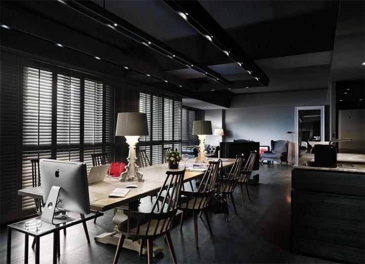 Nội thất bằng gỗ vẫn là món được ưa chuộng vô cùng trong thiết kế căn hộ