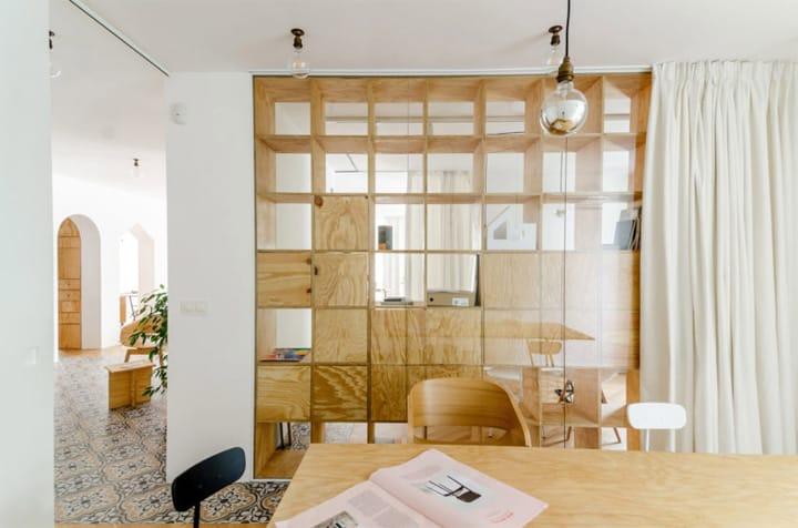 Cải tạo căn hộ thành văn phòng làm việc nhỏ xinh ở Bulgaria 7