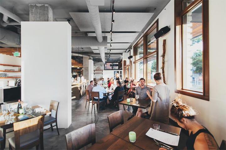 Copine - Mẫu nhà hàng độc đáo mang vẻ đẹp của vật liệu thô 3