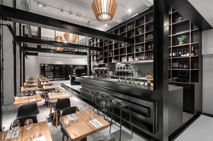 Vẻ đẹp hiện đại lôi cuốn với dự án cải tạo nhà hàng cafe Capriole 1