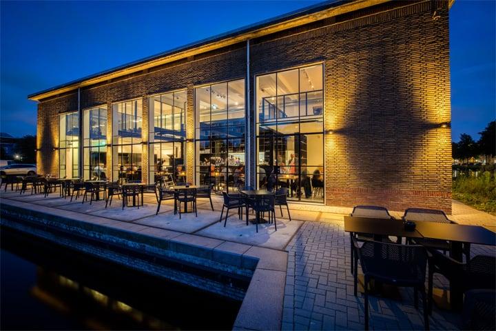 Vẻ đẹp hiện đại lôi cuốn với dự án cải tạo nhà hàng cafe Capriole 12