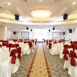 Tiêu chuẩn nhà hàng tiệc cưới mới nhất mà các cặp đôi nên tham khảo