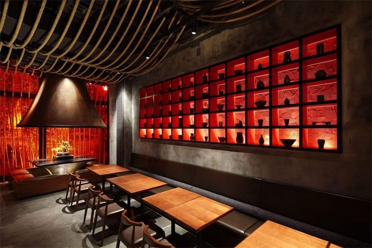 Nếu bạn yêu thích sự ấm cúng và không gian thanh nhã thì hãy ghé thăm nhà hàng được thiết kế theo kiểu Trung Quốc