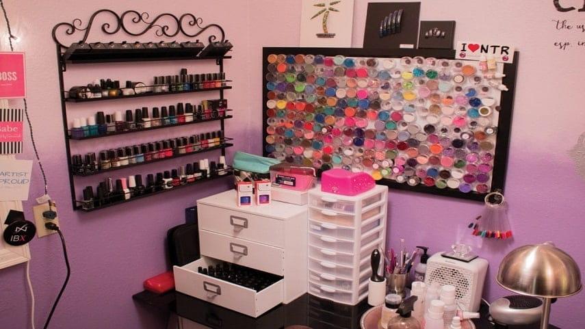 Hướng dẫn cách trang trí tiệm nail nhỏ
