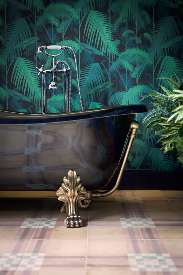 Nâng cấp không gian bằng những tông màu nổi bật cho phòng tắm 14