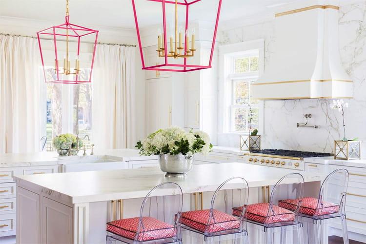 17 mẫu bếp đẹp phong cách hiện đại với tông màu trắng chủ đạo 3