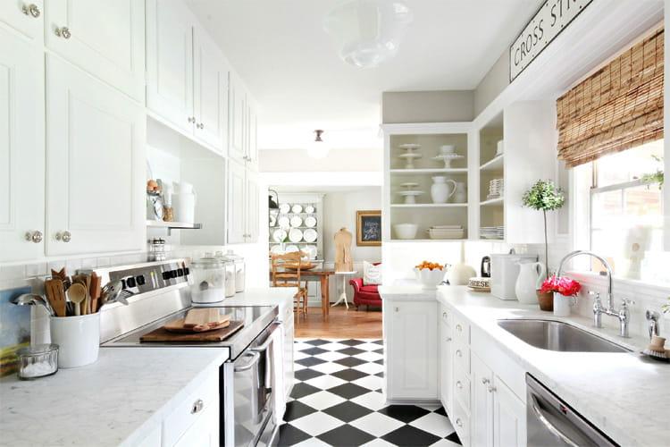 17 mẫu bếp đẹp phong cách hiện đại với tông màu trắng chủ đạo 8