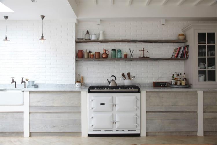 17 mẫu bếp đẹp phong cách hiện đại với tông màu trắng chủ đạo 9