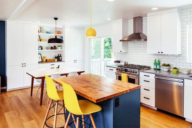 17 mẫu bếp đẹp phong cách hiện đại với tông màu trắng chủ đạo 14