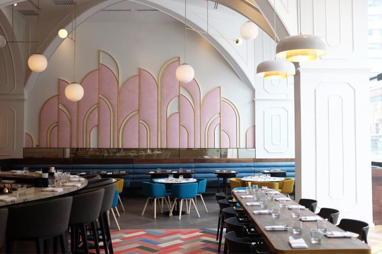 Một nhà hàng lấy cảm hứng từ các họa tiết Art Decor ở Toronto