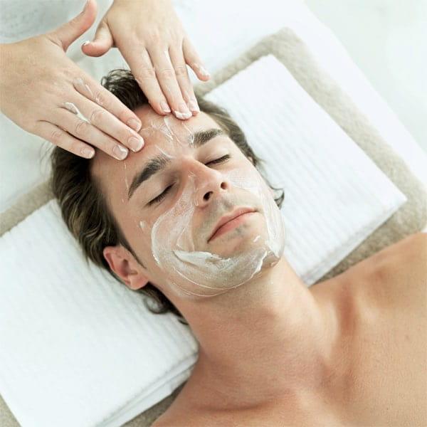 Nam giới cũng có nhu cầu cao về chăm sóc da mặt