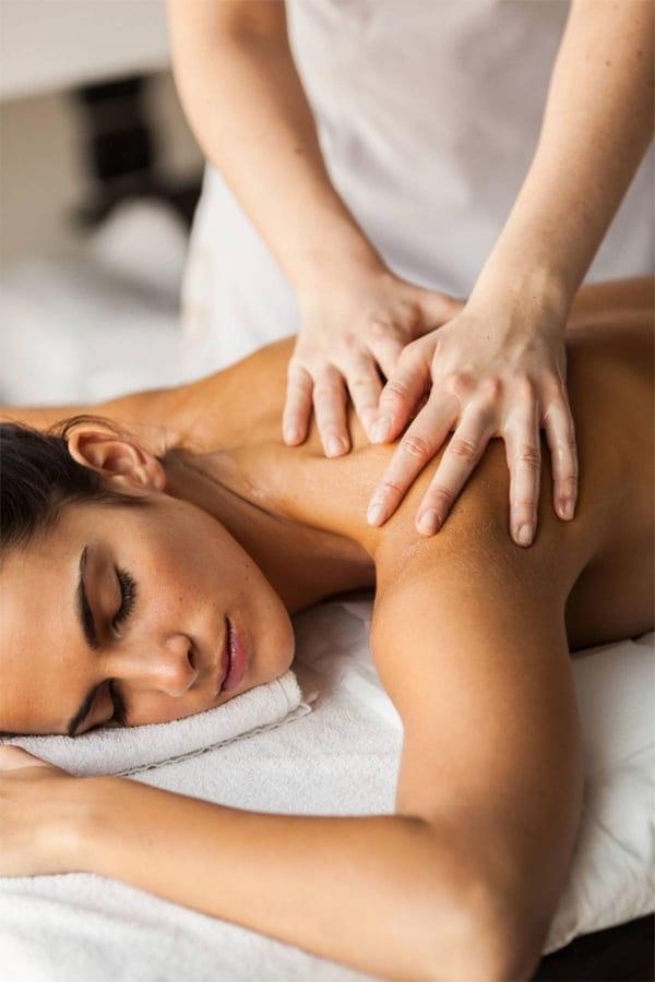 Dịch vụ massage body giúp giải tỏa mệt mỏi